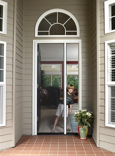 How to Choose Retractable Screen Doors